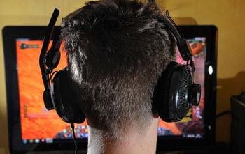 Det finns många vägar att ta för den som vill jobba med dataspel.